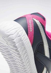Reebok - FLEXAGON ENERGY 2 ALT SHOES - Chaussures de running neutres - blue - 9
