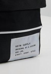 HXTN Supply - PRIME SHOULDER POUCH - Across body bag - black - 7