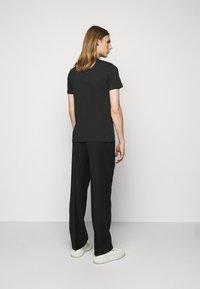 PS Paul Smith - MENS SLIM FIT SKULL - Print T-shirt - black - 2