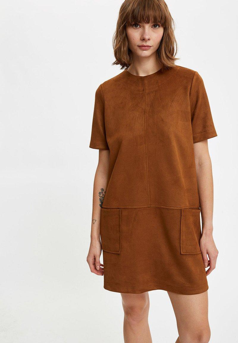 DeFacto - Day dress - brown