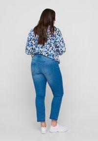 Zizzi - Slim fit jeans - light blue - 1