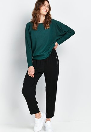 BATWING - Long sleeved top - green