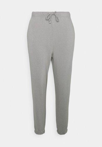 PCCHILLI PANTS - Tracksuit bottoms - light grey melange