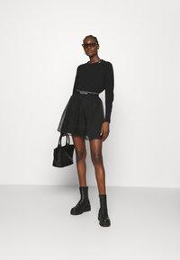 Calvin Klein Jeans - LOGO WAISTBAND SKIRT - A-line skirt - black - 1