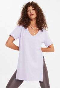 Trendyol - Basic T-shirt - purple - 2