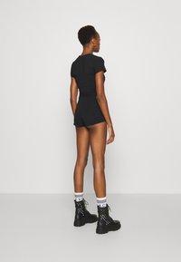 Versace Jeans Couture - PANTS - Shorts - black - 4