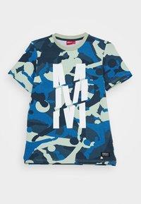 Monta Juniors - TRENTO - T-shirts med print - light khaki - 0