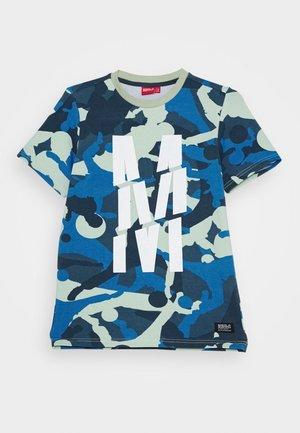 TRENTO - T-shirts med print - light khaki