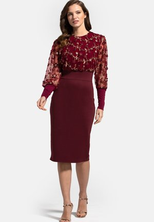 EMBROIDERED EMMA - Cocktail dress / Party dress - burgundy