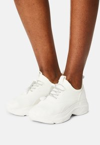 Madden Girl - THRIVE - Sneakers laag - white - 0