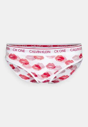 LAYERED LIPS - Briefs - red gala