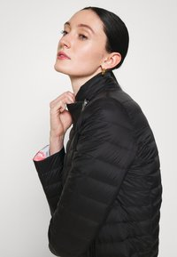 Emporio Armani - Down jacket - noir - 4