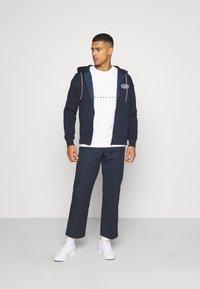 Jack & Jones - JORPRESTON ZIP HOOD - Bluza rozpinana - navy blazer - 1
