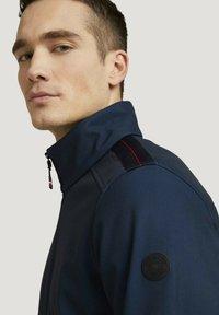 TOM TAILOR - MIT STEHKRAGEN - Outdoor jacket - blue twill structure - 3