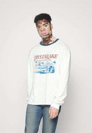 CRYSTAL LAKE TEE UNISEX - Camiseta de manga larga - white