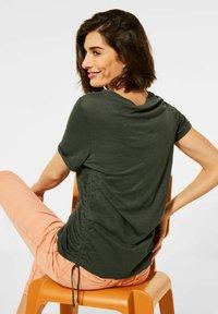 Cecil - Basic T-shirt - olive - 1
