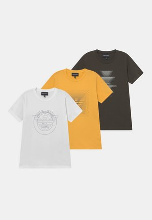 3 PACK - T-shirt print - verde/giallo/bianco