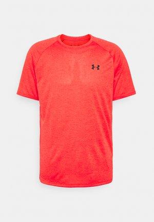 TECH TEE - T-shirt med print - red