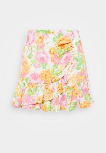 LIWRAP SKIRT - Wrap skirt - white/pink/green