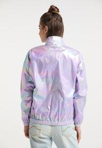 myMo - Regnjakke / vandafvisende jakker - lilac holographic - 2