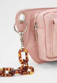 HVISK - BRILLAY - Bum bag - dusty pink - 2