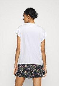 Vila - VICATHRINE FUNNEL NECK - Basic T-shirt - cloud dancer - 2