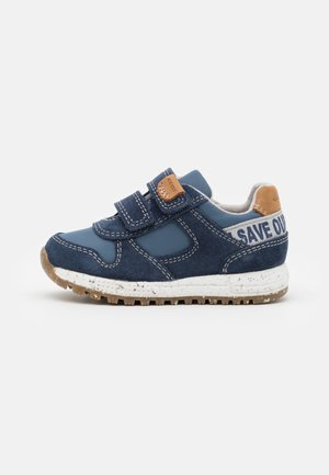 ALBEN BOY WWF - Trainers - navy/avio