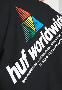 HUF - PEAK SPORTIE TEE - Print T-shirt - black - 5