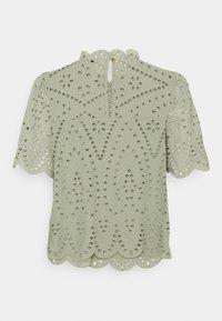 ONLY - ONLNYLA LIFE ANGLAISE - Print T-shirt - desert sage - 1