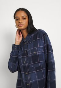 Roxy - TURN IT UP CHECK - Button-down blouse - mood indigo party - 3