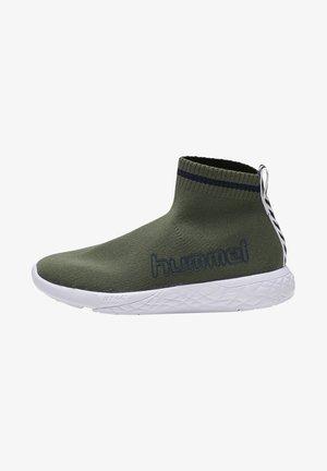 TERRAFLY SOCK RUNNER  - Sneakers hoog - deep lichen green
