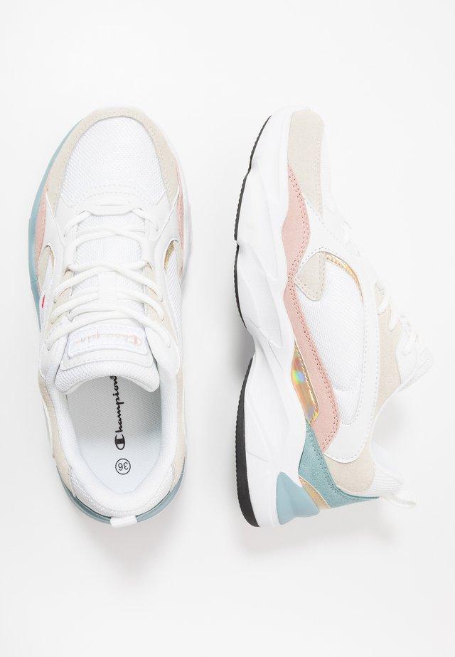 LEGACY PLUS TAMPA - Sports shoes - white