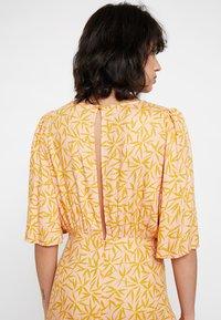 Nümph - KISMET DRESS - Day dress - peach - 4