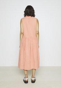 YAS - YASTERRA DRESS - Vestido informal - terra cotta - 2