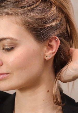 Earrings - oro