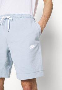 Nike Sportswear - MODERN - Shorts - light armory blue/ice silver/white - 4