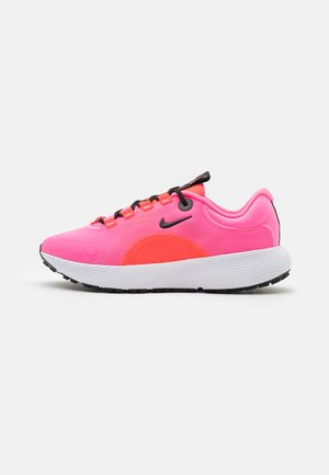 ESCAPE RUN - Neutral running shoes - pink glow/black/bright crimson