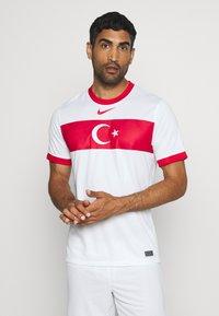 Nike Performance - TÜRKEI HOME - Landsholdstrøjer - white/sport red - 0