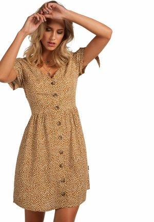 ONTHEBEACH - Shirt dress - seashell
