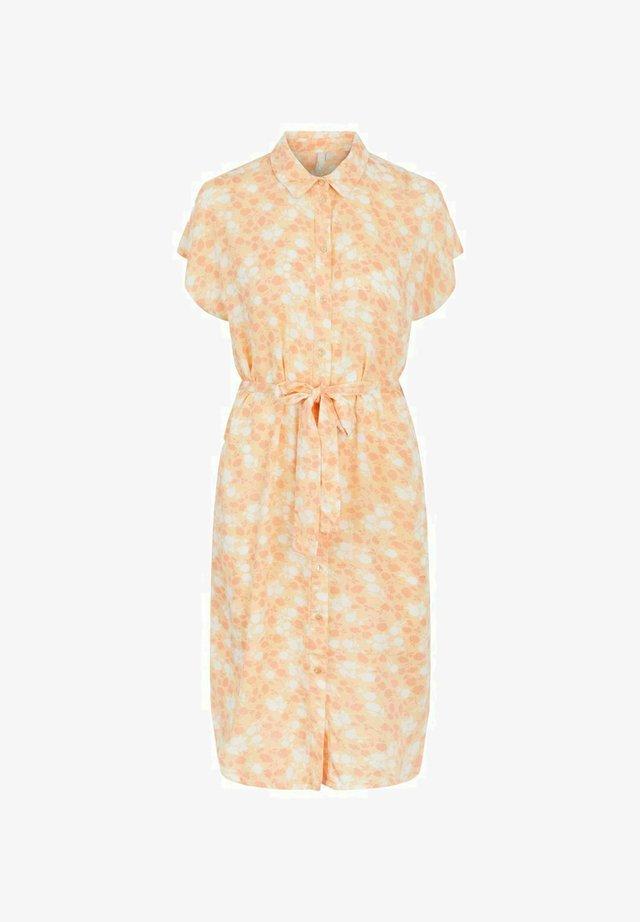 Sukienka koszulowa - apricot cream
