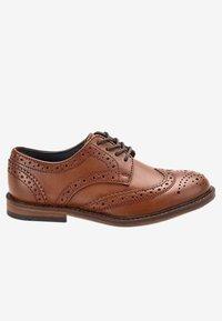 Next - Elegantní šněrovací boty - brown - 3