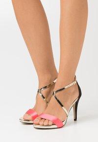 Menbur - High heeled sandals - coral - 0