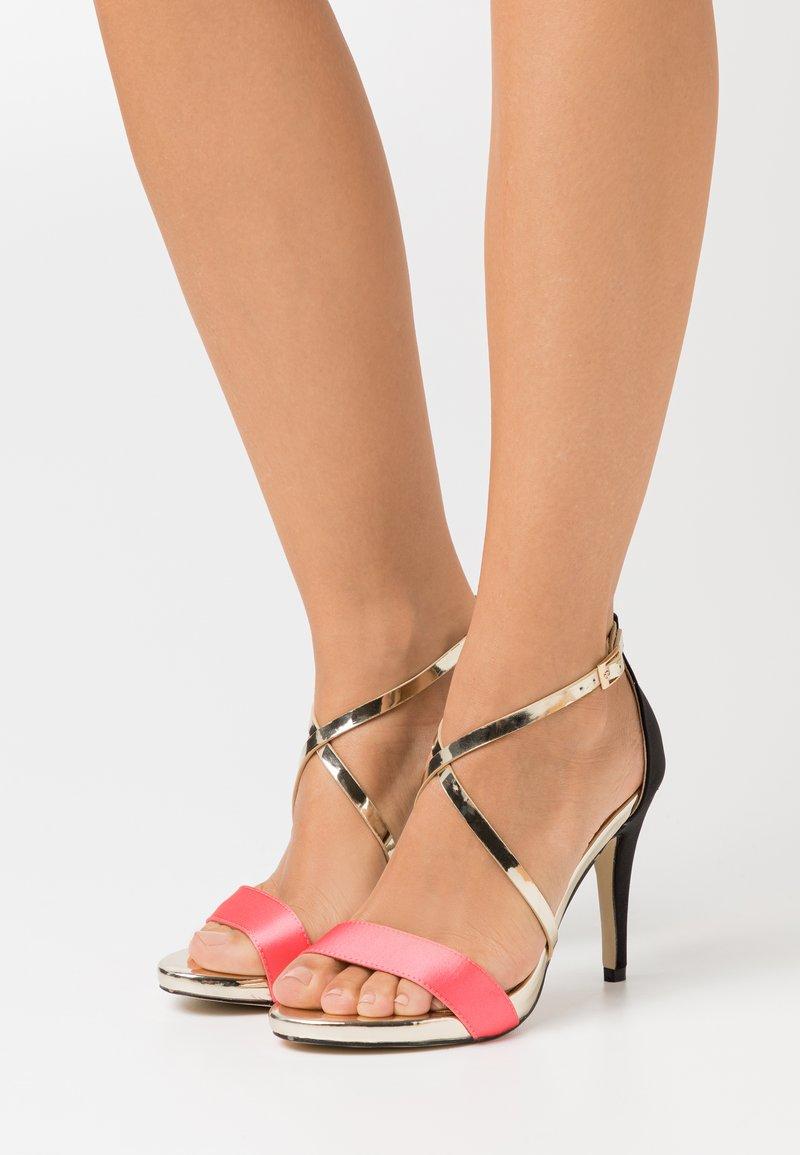 Menbur - High heeled sandals - coral