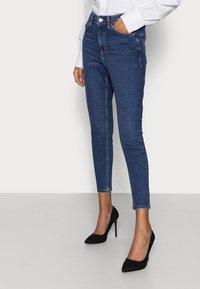 Topshop Petite - JAMIE - Jeans Skinny Fit - rich blue - 3