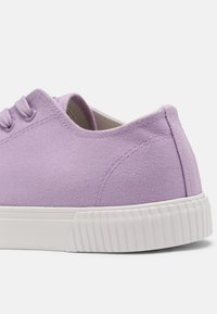 YOURTURN - UNISEX - Sneakers basse - lilac - 6
