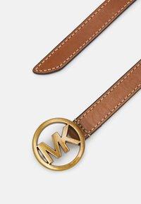 MICHAEL Michael Kors - FLIP TIE BELT - Belt - luggage - 1