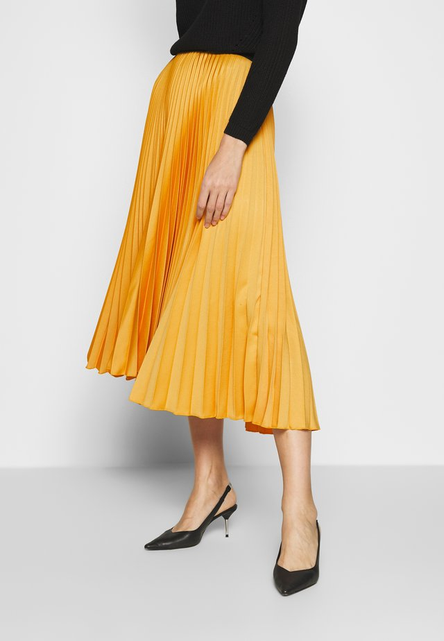 CLOSET PLEATED SKIRT - A-line skirt - mustard