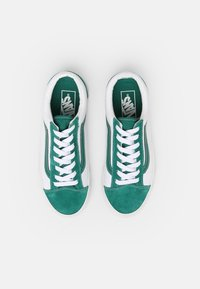 Vans - STYLE 36 UNISEX - Sneakers - cadmium green/true white - 3