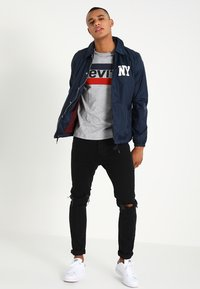 Levi's® - T-shirt con stampa - grey heather - 1