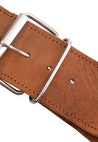 Gusti Leder - Across body bag - brown - 9